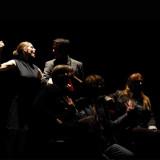 színház – 325